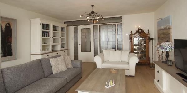 sehr geschmackvoll und komplett eingerichtett apartment auf 4 stock des apartmentkomplexes terrassenflat mit ein wunderschones aussicht